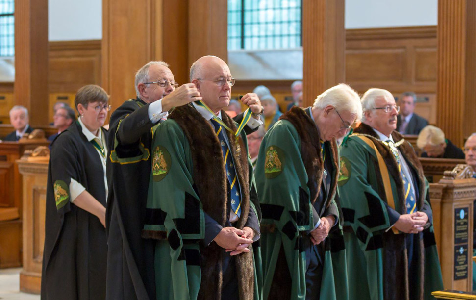 Worshipful Co. of Spectacle Makes receiving badges of office