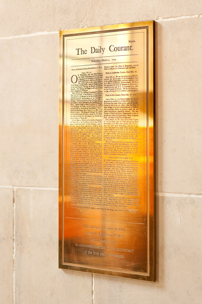 brass plaque commemorating the Daily Courant